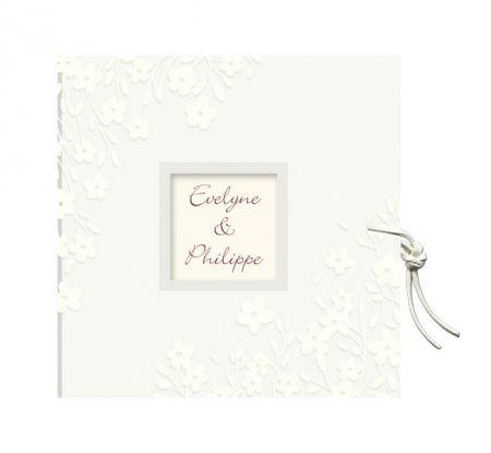 Invitatie de nunta romantica, design cu floricele