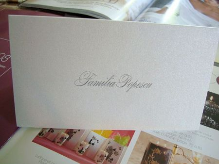 Card de masa elegant din carton argintiu - poza 3