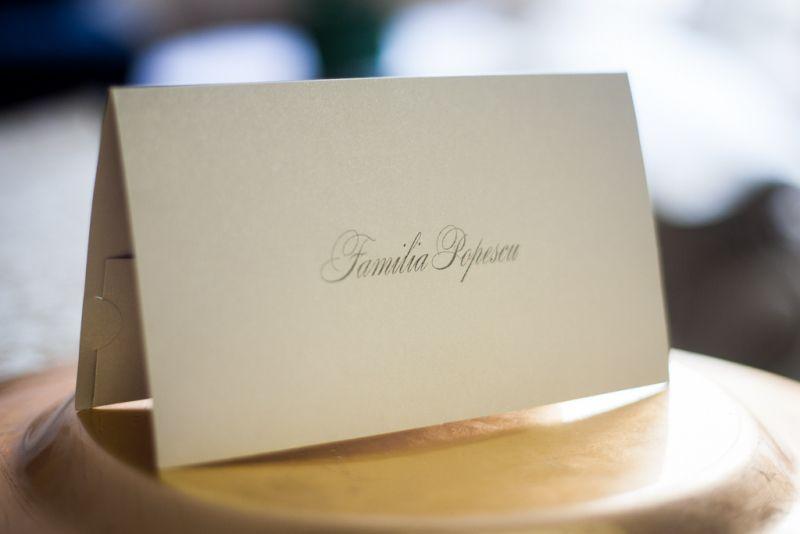 Card de masa elegant din carton argintiu - poza 1