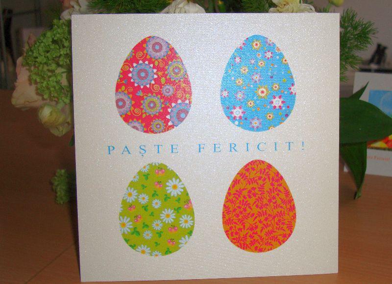 Felicitare Paste cu oua vesel colorate