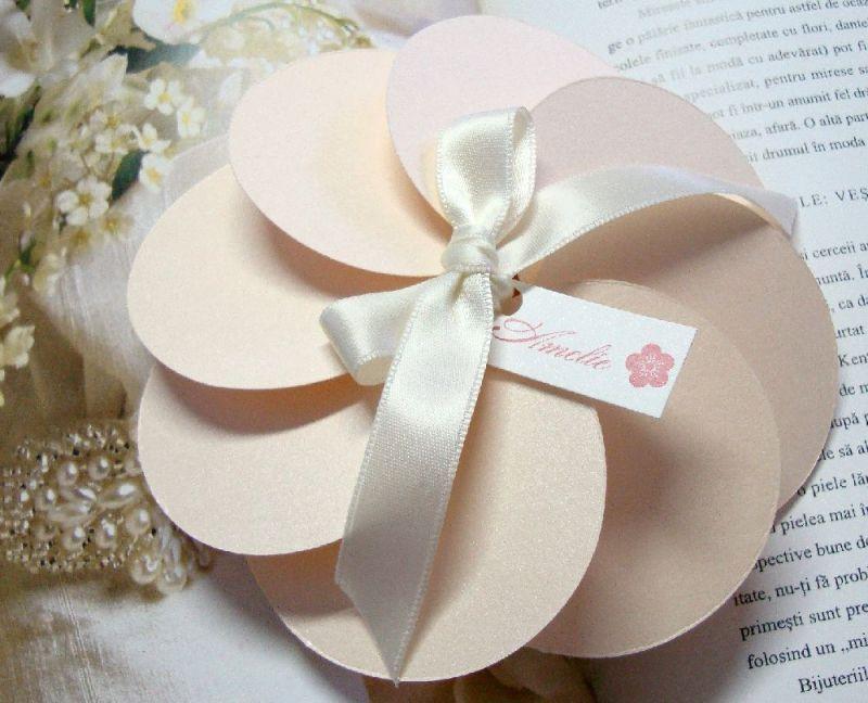 Invitatie botez deosebita sub forma de floare - poza 1