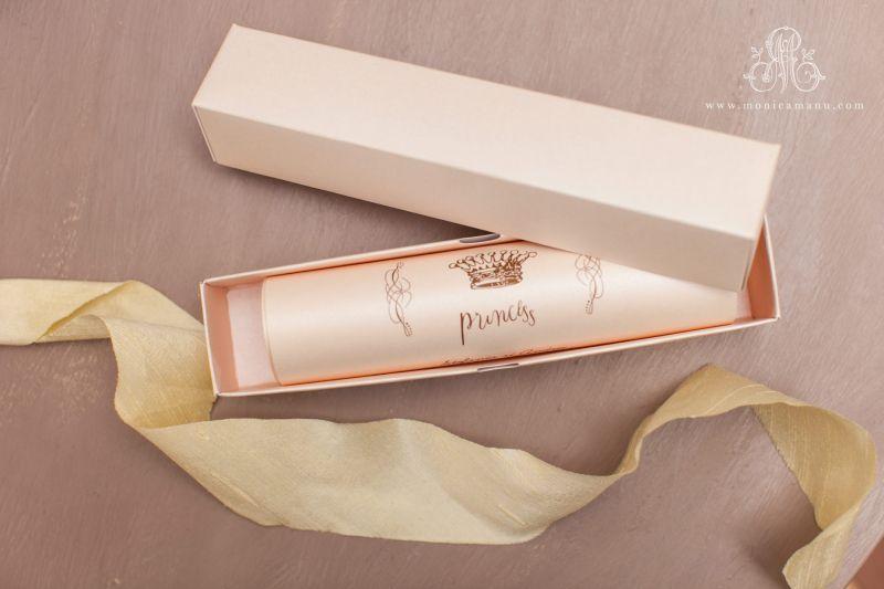 Invitatie botez in cutie roz pudrat - poza 1