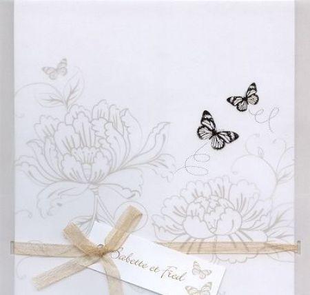 invitatii nunta cu tematica vintage si fluturi aurii