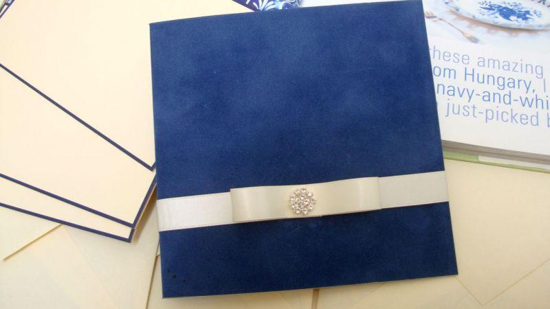 Invitatie nunta din catifea albastra - poza 2