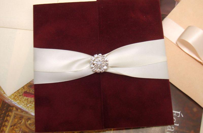 Invitatie nunta din catifea bordeaux, visiniu - poza 4