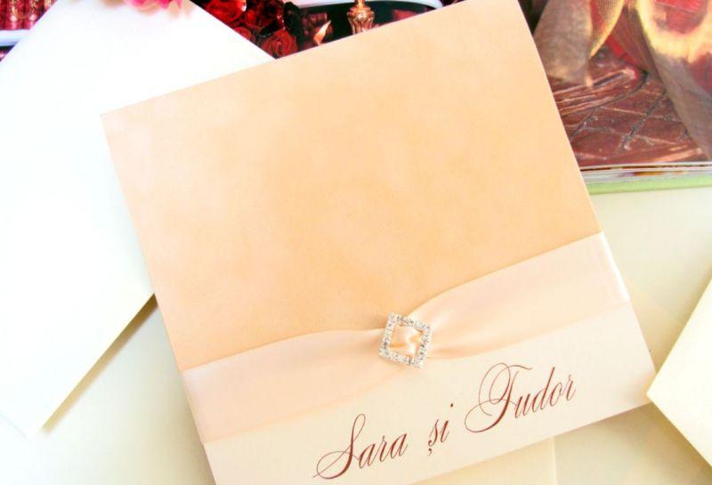 Invitatie nunta catifea bej si funda satin ivory - poza 1