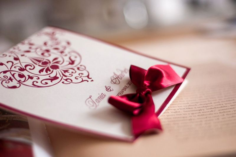 Invitatie nunta crem cu bordeaux - poza 3