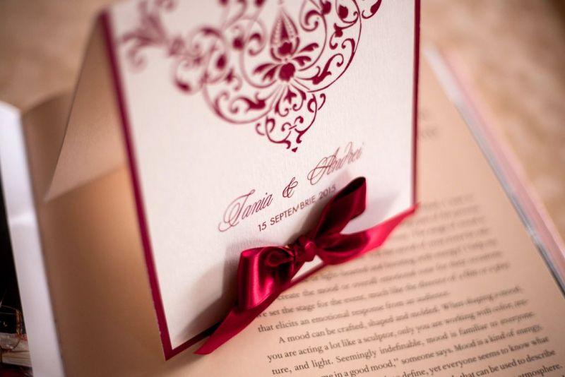 Invitatie nunta crem cu bordeaux - poza 4