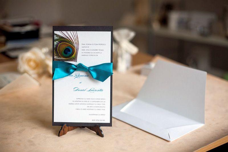 Invitatie nunta cu pana de paun - poza 3