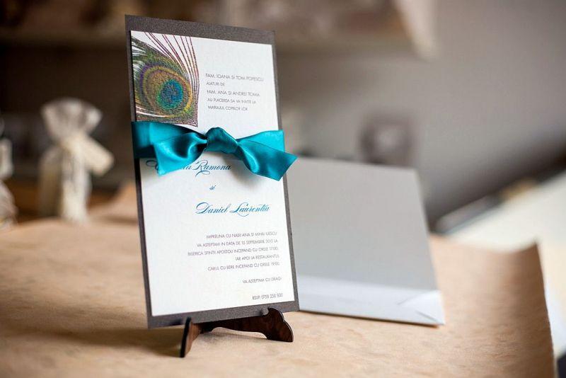 Invitatie nunta cu pana de paun - poza 2