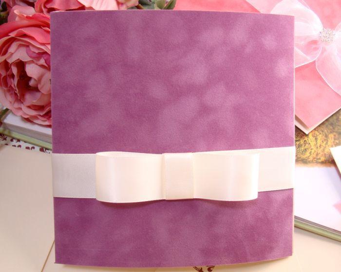 Invitatie de nunta catifea mov, funda lata satin ivoire - poza 1