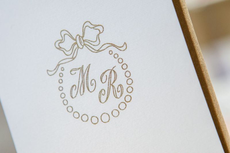 Invitatie nunta eleganta alb cu auriu - poza 2