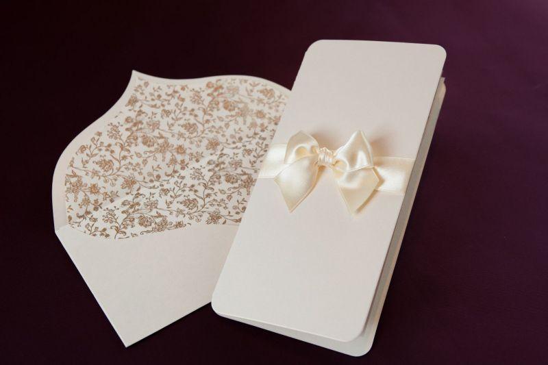 Invitatie nunta eleganta cu plic sidefat - poza 2