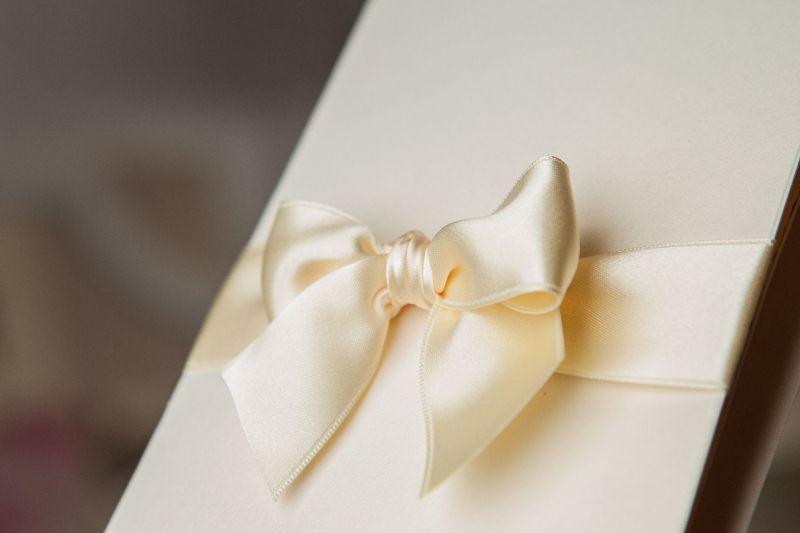 Invitatie nunta eleganta cu plic sidefat - poza 5