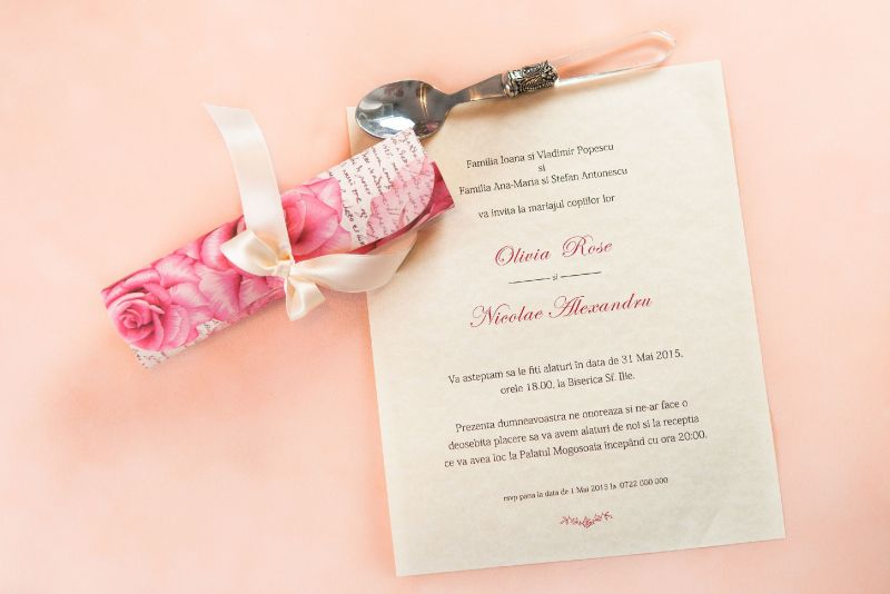 Invitatie nunta eleganta cu trandafiri - poza 2