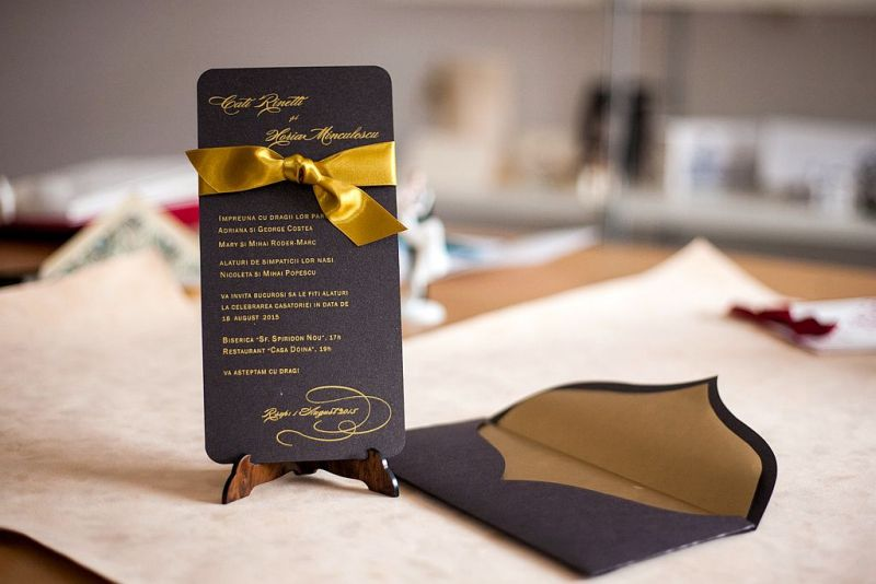 Invitatie nunta maro cu auriu - poza 2