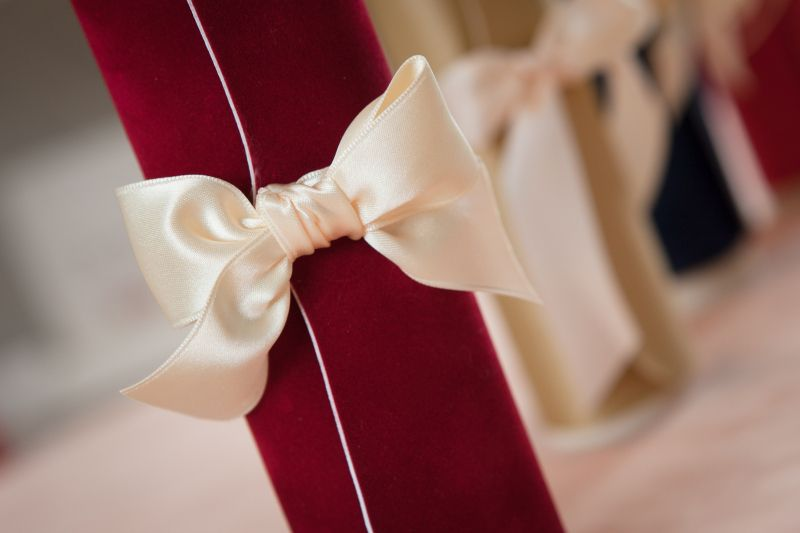 Invitatie nunta model scroll catifea rosie - poza 2