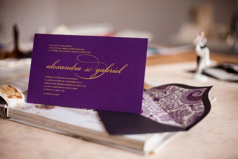 Invitatie nunta mov - poza 2