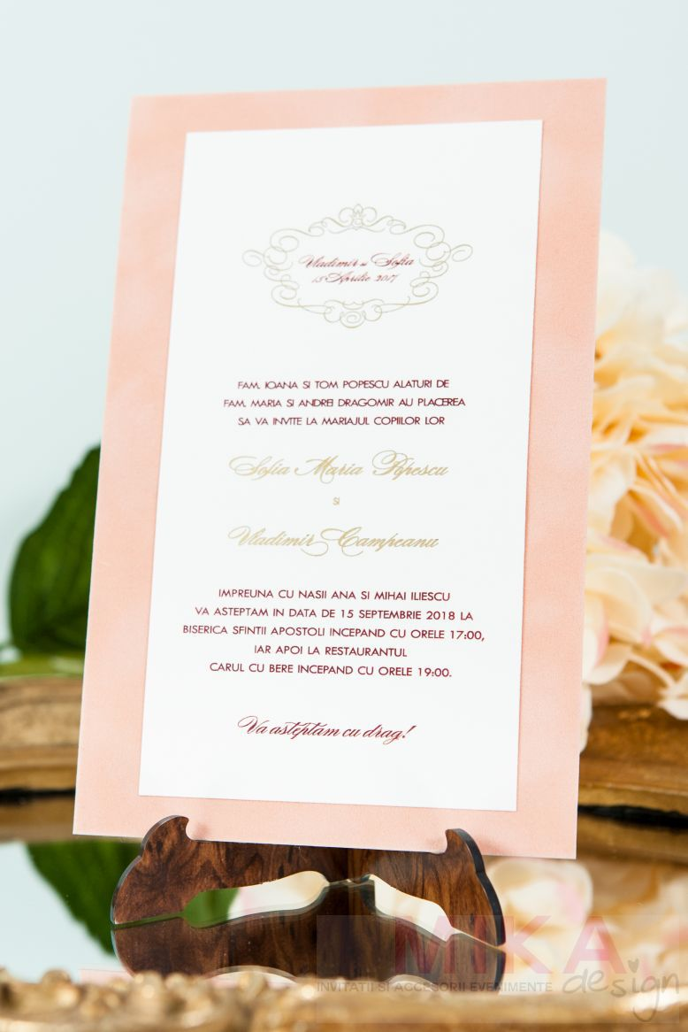 Invitatii nunta catifea crem monograma auriu - poza 1