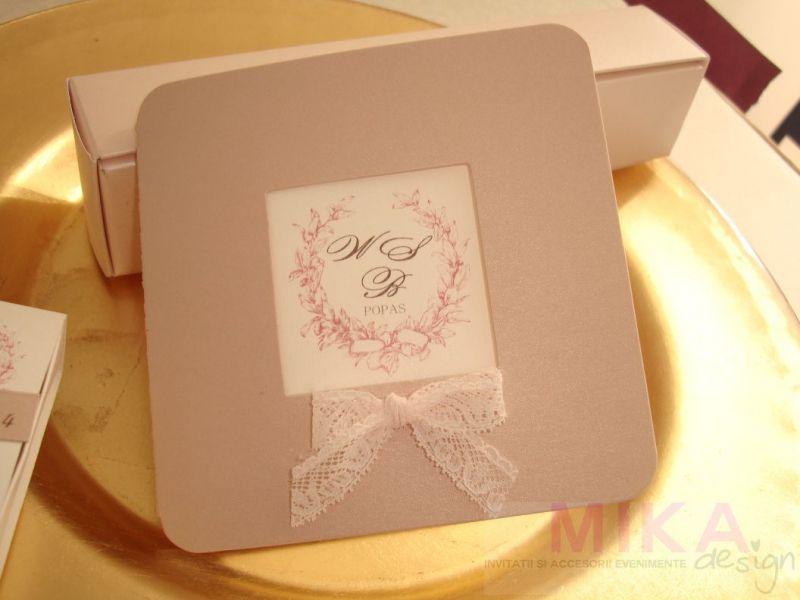 Invitatii nunta eleganta din carton sidefat roz pudrat - poza 2