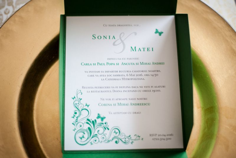 Invitatii nunta model pocket cu fluturasi - poza 4