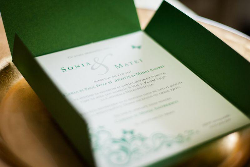 Invitatii nunta model pocket cu fluturasi - poza 3