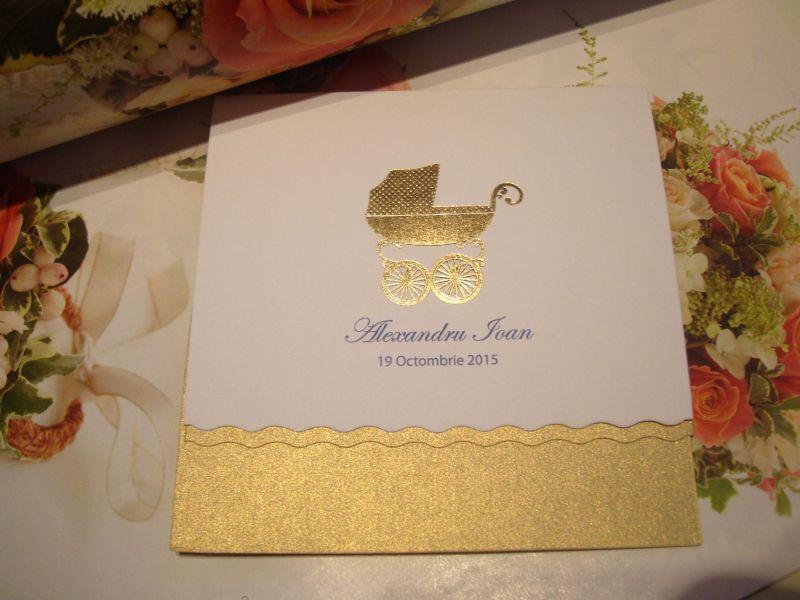 Invitatie botez eleganta cu carucior auriu - poza 1