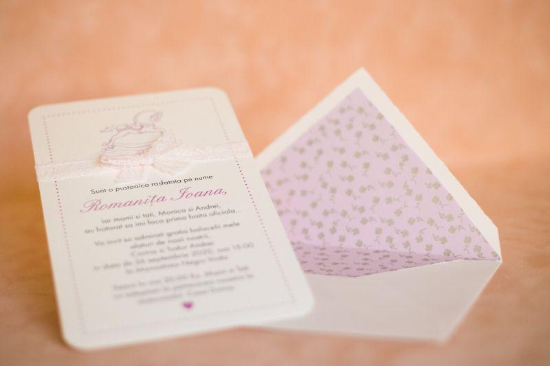 Invitatie botez fetita cu dantela - poza 1
