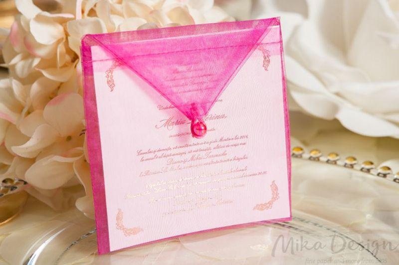 Invitatie botez fetita cu plic organza roz - poza 1