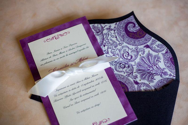Invitatie nunta din catifea lila - poza 3