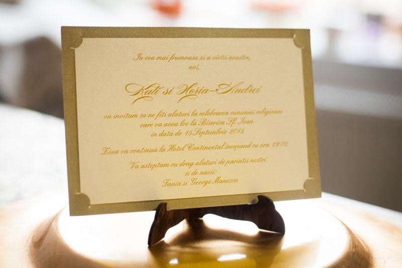 Invitatie nunta eleganta auriu cu crem - poza 1
