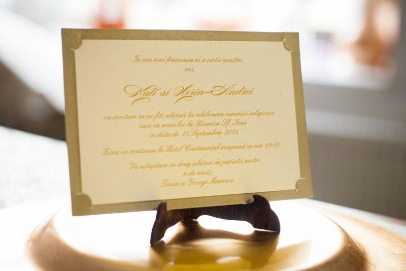 Invitatie nunta eleganta auriu cu crem - poza 2