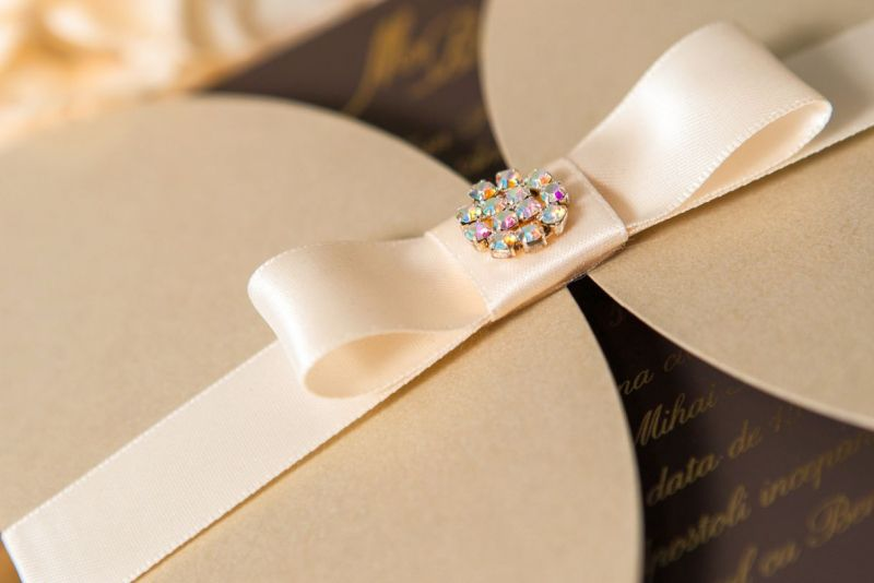 Invitatie nunta eleganta auriu cu maro - poza 3