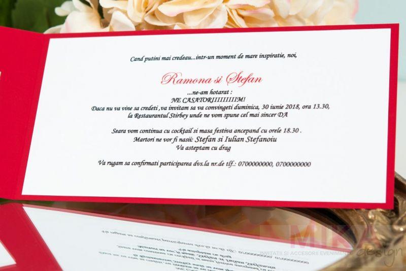 Invitatie nunta rosie cu verighete aurii - poza 2