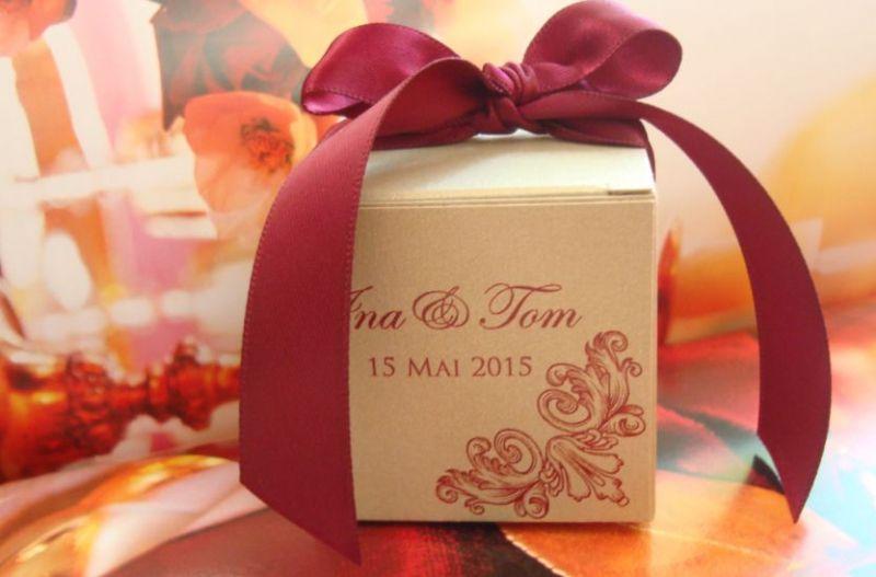 Marturie nunta cutiuta cu capac design baroc - poza 2