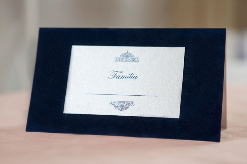 plic bani nunta catifea albastra
