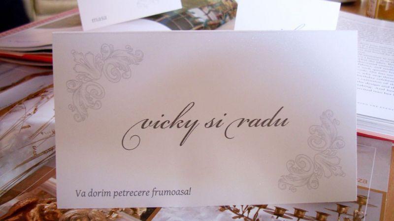 Plic bani nunta cu design regal argintiu