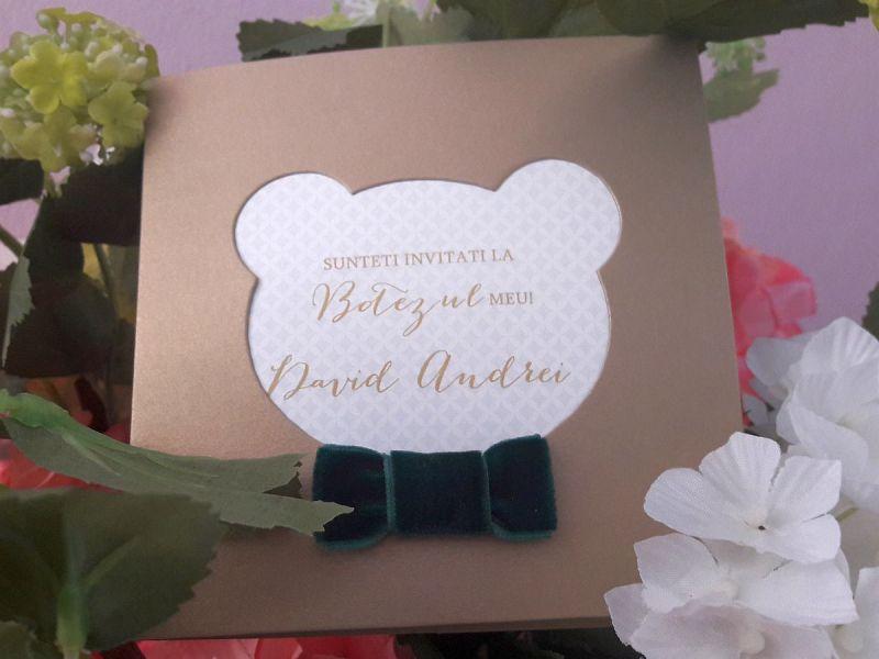 Invitatie botez aurie cu papion verde - poza 3