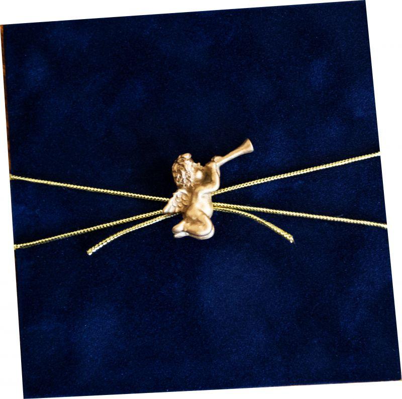 Invitatie botez catifea cu ingeras auriu - poza 1