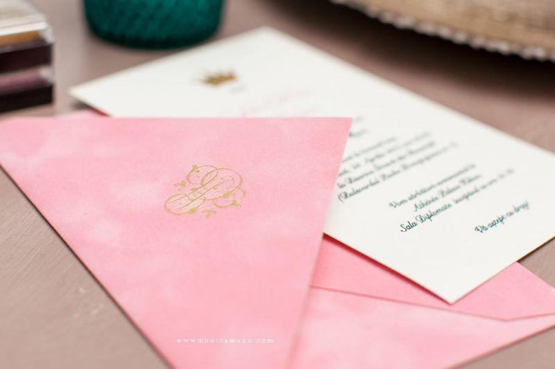 Invitatie botez princess plic catifea roz - poza 1