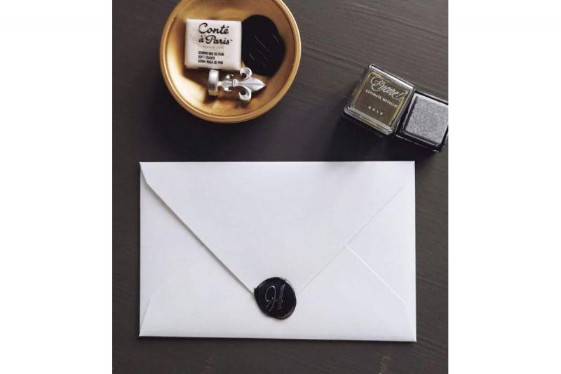 Invitatie eleganta alb negru