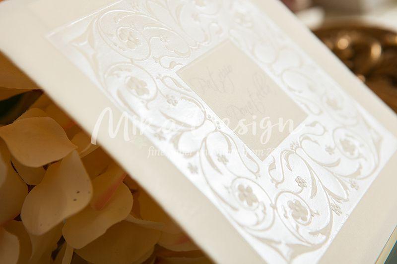 Invitatie nunta crem cu design relief perlat - poza 2