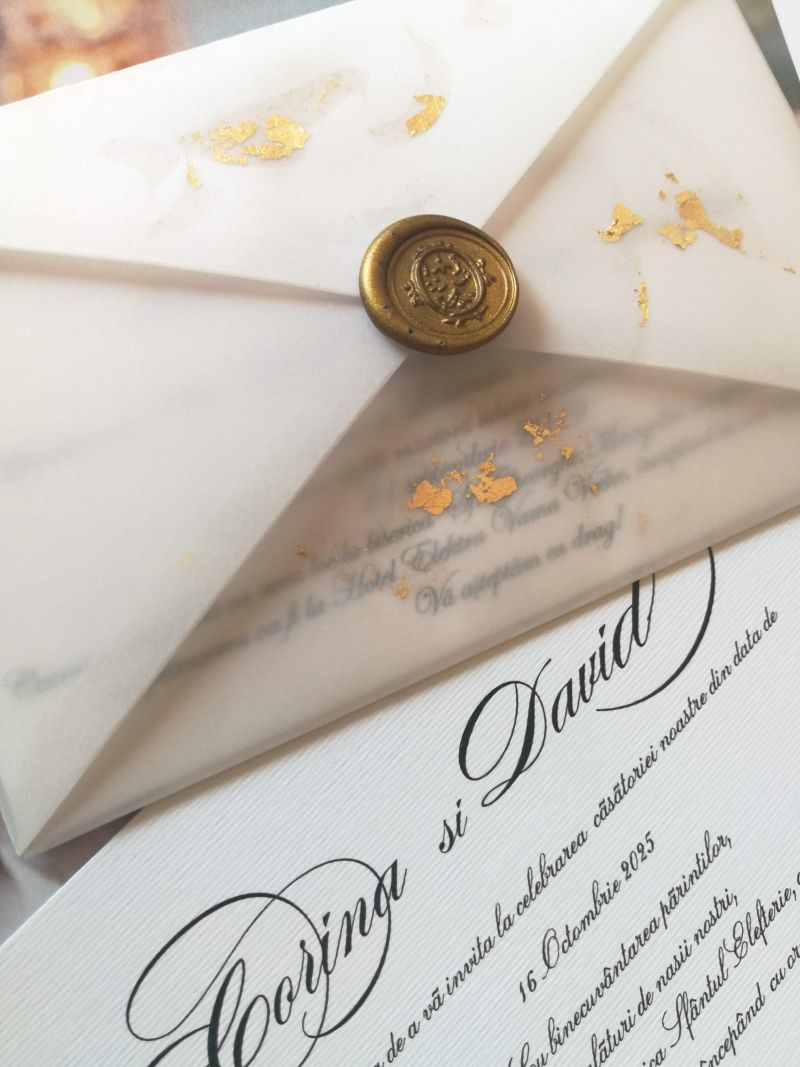 Invitatie nunta cu foita aur - poza 4