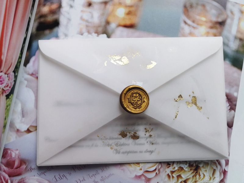 Invitatie nunta cu foita aur - poza 3