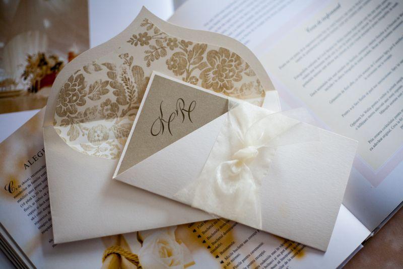 Invitatie nunta diafana ivoire si auriu - poza 4