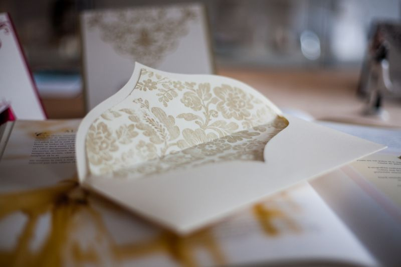 Invitatie nunta diafana ivoire si auriu - poza 6