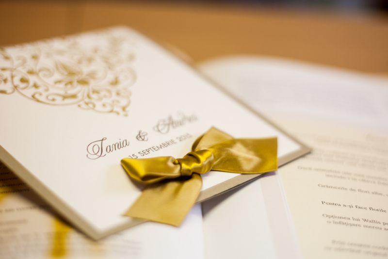 Invitatie nunta eleganta auriu si ivoire - poza 2