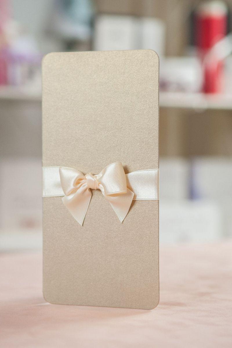 Invitatie nunta eleganta cu auriu - poza 3