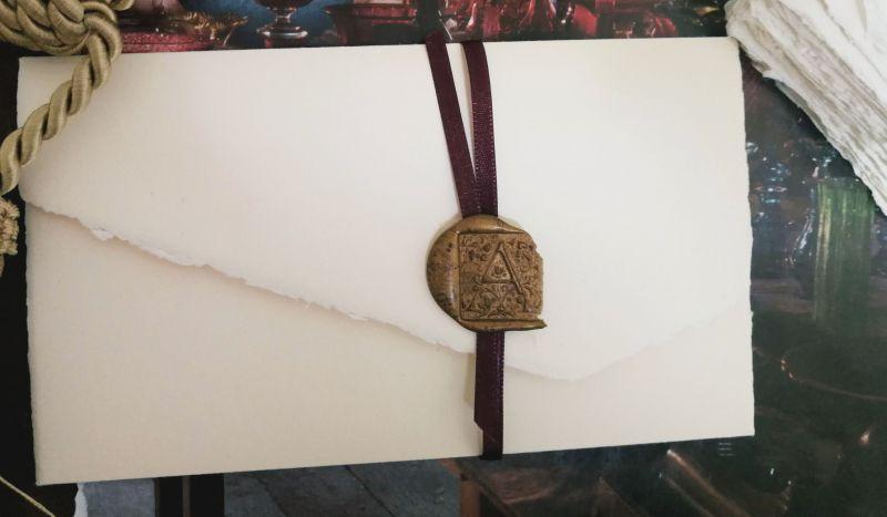 Invitatie nunta eleganta cu sigiliu bordeaux - poza 3