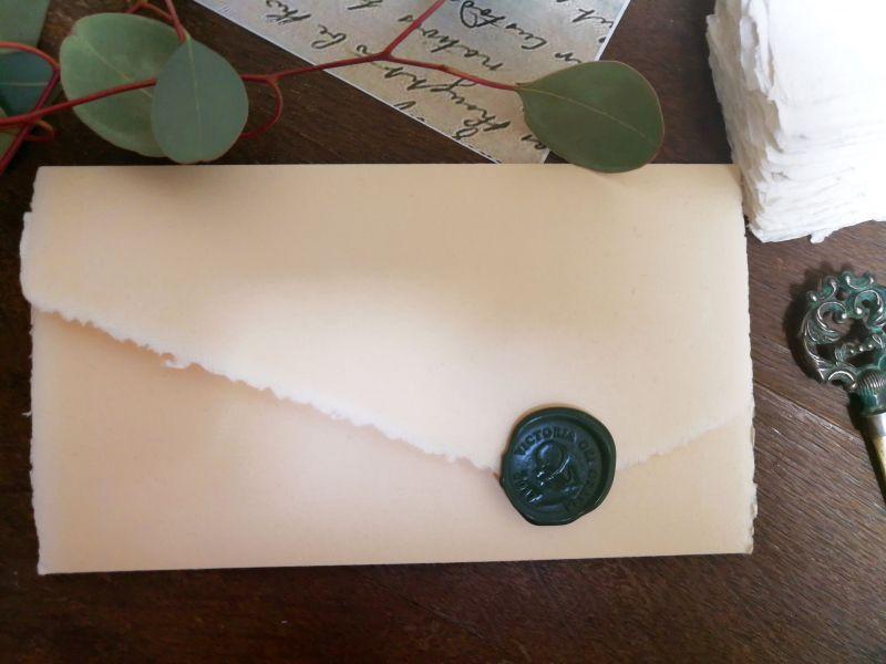 Invitatie nunta hartie manuala cu sigiliu verde venetian